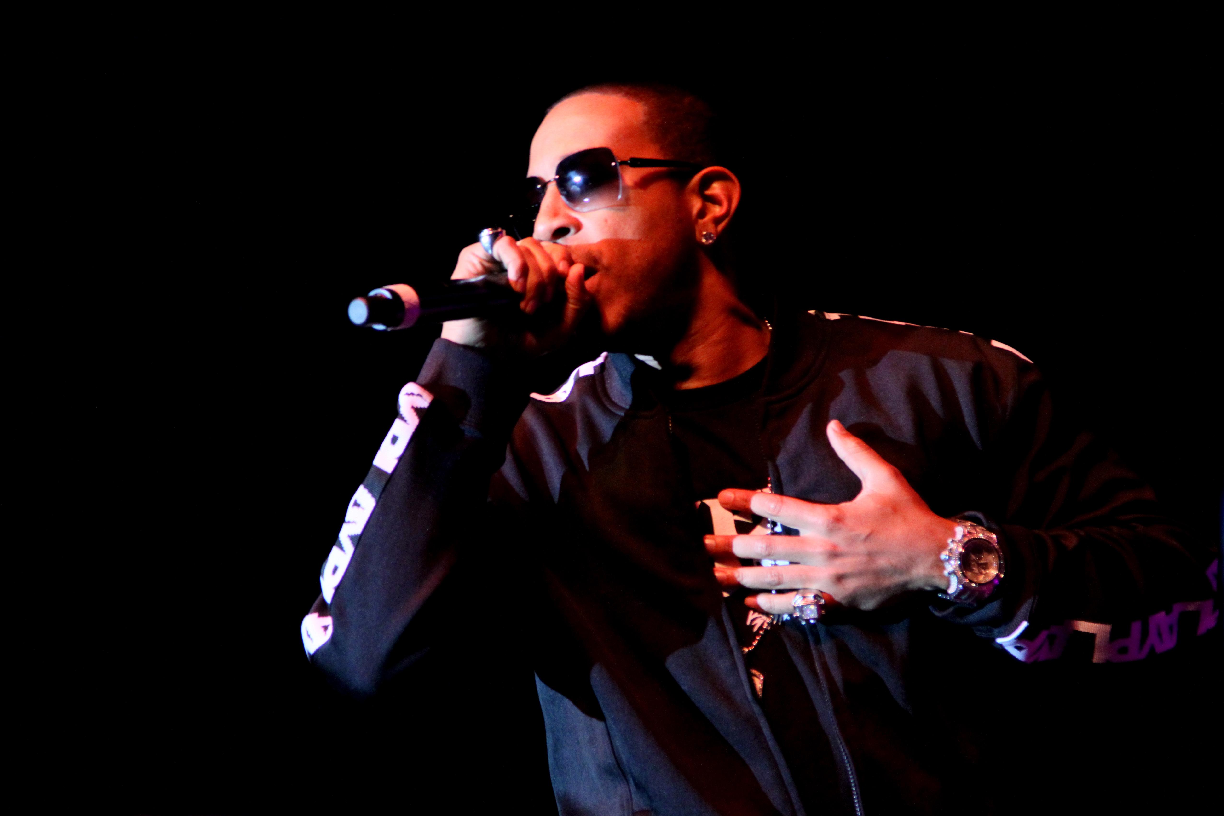 Examples Of Being Generous - Ludacris Just Set One