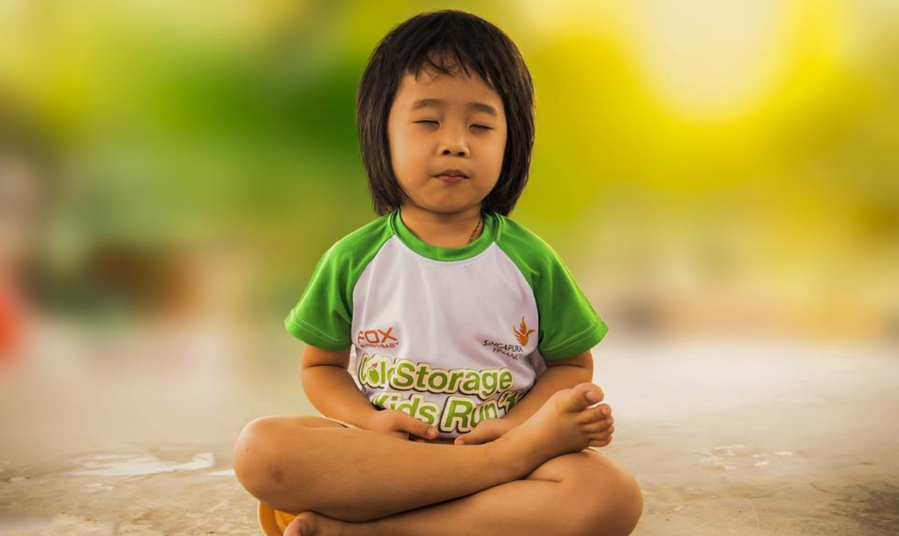 HOW TO EXPLAIN YOGA TO YOUR CHILD?