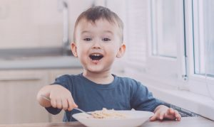 Easy Ways To Create A Balanced Diet For Your Growing Kid!